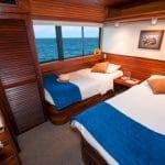 Dolphin Deck Twin Cabin