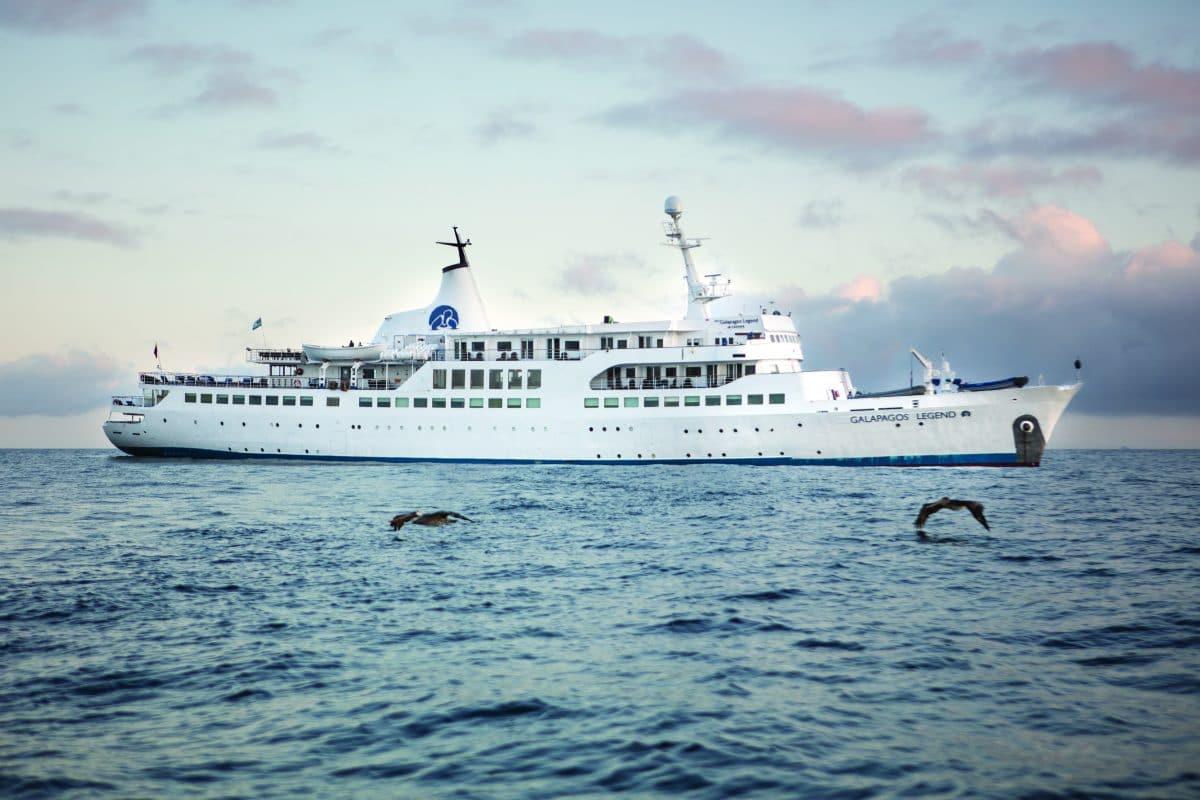 Galapagos Legend Cruise  Detour