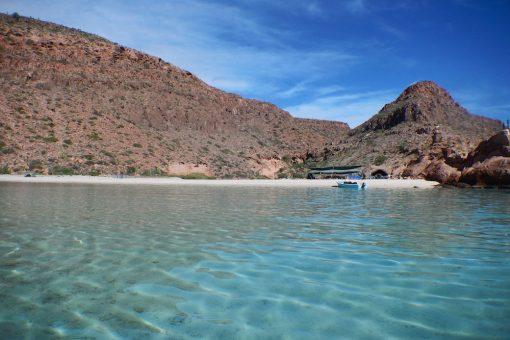 Explore the calm, turquoise bays of Espiritu Santo Island
